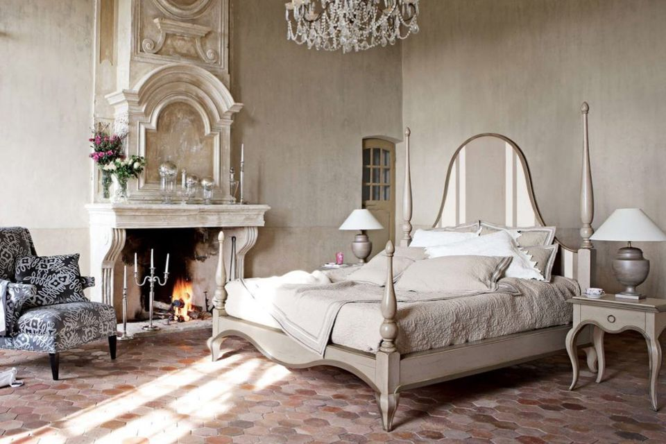 The Romantic Details Of French Interior